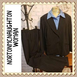 Norton McNaughton Woman; Blouse Apt 1